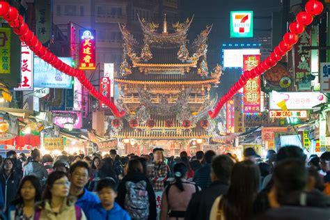 new year parade taipei 2018 taiwan lantern festival in chiayi taiwan holidays