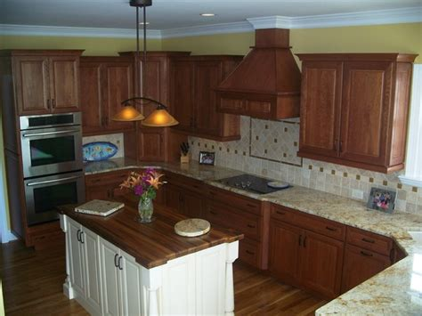 Accent Kitchen Cabinets Traditional Cherry With White Accent Traditional Kitchen Wilmington By Shoreline