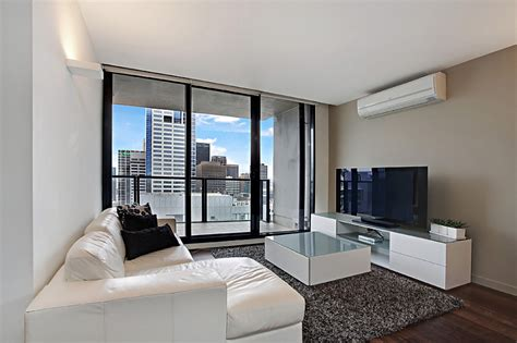 3 bedroom apartment melbourne 28 images melbourne apartment 3505 at neo serviced apartments melbourne cbd