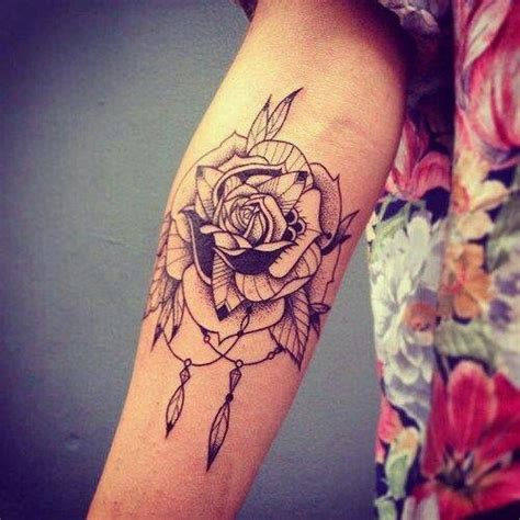dreamcatcher tattoo with roses meaning rose dream catcher tattoo dreamcatcher ink pinterest