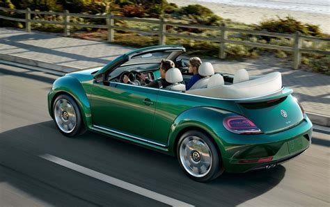 Review 2017 Volkswagen Beetle Convertible For