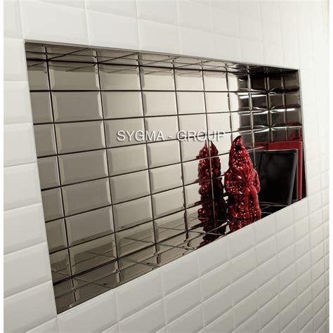 cr馘ence miroir pour cuisine carrelage metro noir cuisine