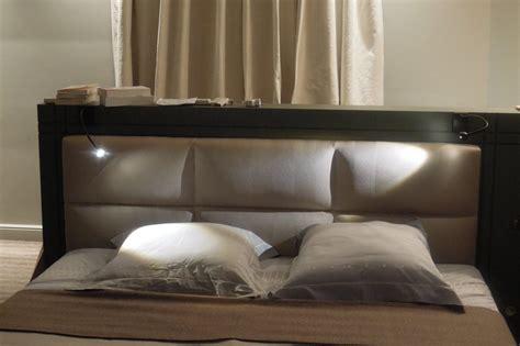 tete de lit avec tapisserie tete lit en tissu