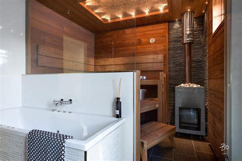 ja bathrooms kylpyhuoneen ja saunan v 228 linen lasisein 228 avartaa tilan