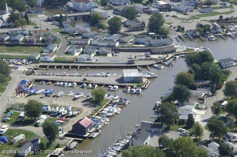 boat slips for sale michigan saginaw marina in caseville michigan united states