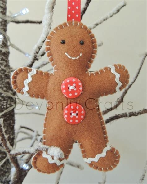 gingerbread man felt hanging decoration  natal