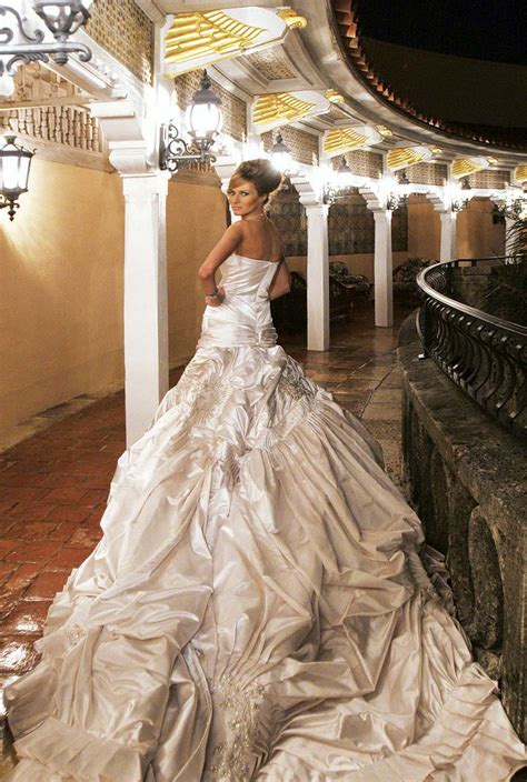 Expensive Wedding Dresses by The Most Expensive Wedding Dress In The World Amazing
