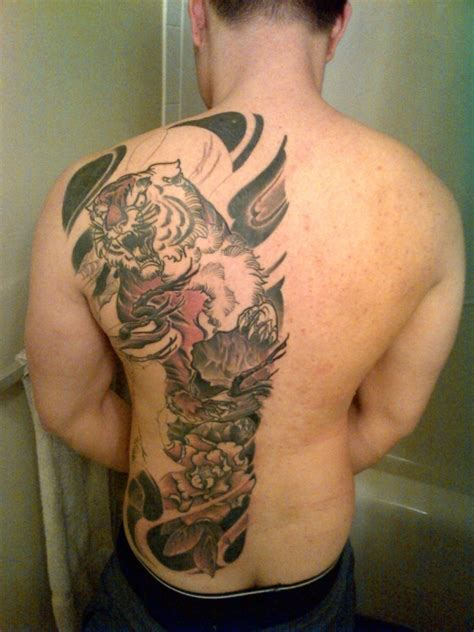 half back tattoo 30 awesome back tattoos for guys creativefan