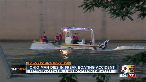 boat crash ohio river pd man killed in boat crash in ohio river youtube