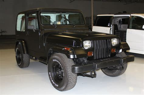 Black Jeep Wrangler 2 Door 1990 Jeep Wrangler Base Sport Utility 2 Door 4 2l Black