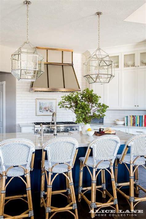 white macaubas quartzite transitional kitchen benjamin moore hale navy