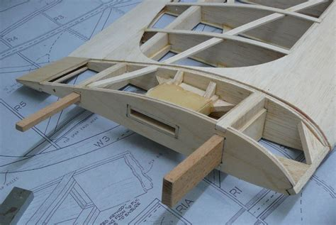 Cabin Building Plans ben buckle keilkraft falcon model flying