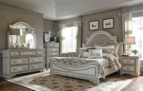 Furniture Antique White Bedroom Set by Magnolia Manor Antique White Upholstered Panel Bedroom Set