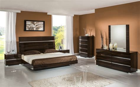 lacquer bedroom furniture excalibur italian modern ebony lacquer bedroom set