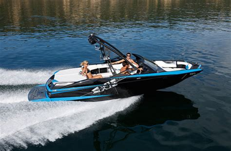 axis vs mb boats axis a20 or tige r20 boats accessories tow vehicles
