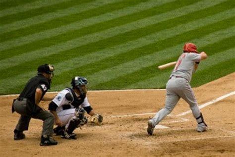check swing broken bat hitting independent hands