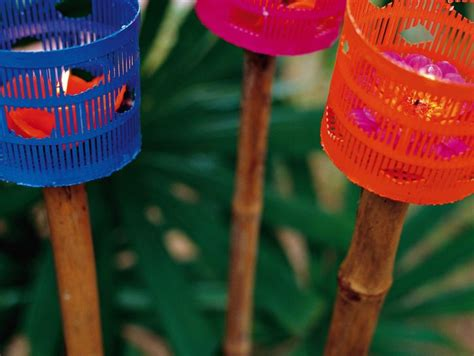decorazioni giardino fai da te decorazioni per il giardino torce fai da te donna moderna