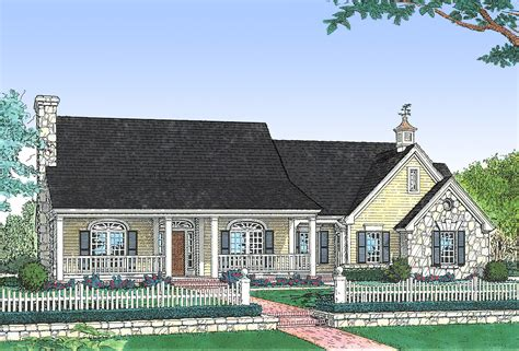 70 s southern style home plans southern style house plan three bedroom house plan southern style 48061fm