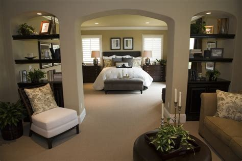 Bedroom Decorating Ideas by Master Bedroom Decorating Ideas Incorporating Function