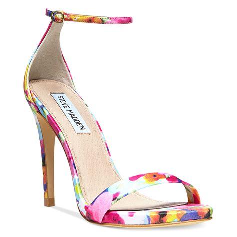steve madden floral sandals steve madden stecy two sandals in multicolor floral