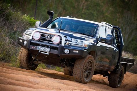 land cruiser conversion landcruiser 200 series dual cab ute conversion by dmw