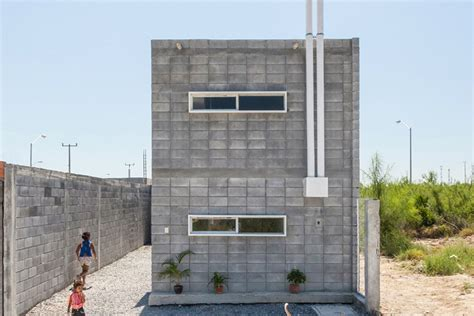 cost to build a house in arkansas in mexico blocks of concrete become practical starter