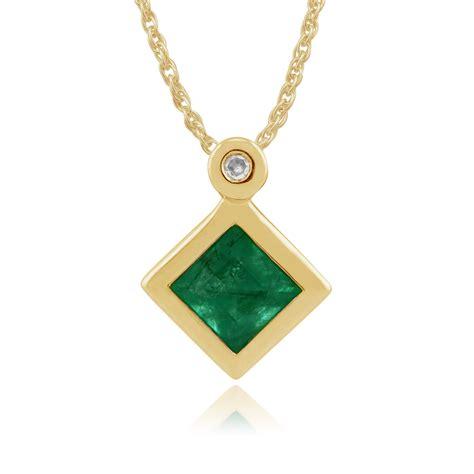 gemondo 9ct yellow gold 0 27ct emerald pendant
