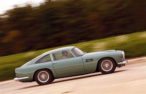 Aston Martin Vs Maserati by Aston Martin Db4 Vs Maserati 3500gt Road Test Drive