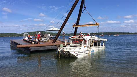 boat operator missouri duck boat operator sued for 100 million