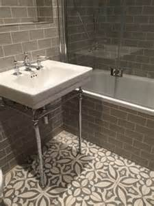 1000 ideas about cement tiles bathroom on pinterest 40 vintage green bathroom tile ideas and pictures