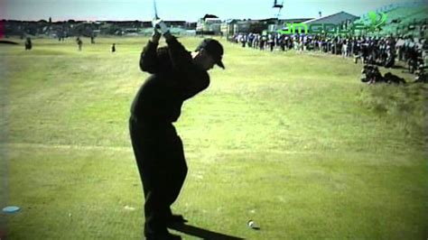 tiger woods swing youtube tiger woods golf swing down the line youtube