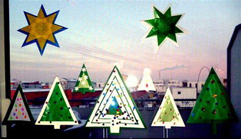 Fensterdeko Weihnachten Basteln Vorlagen by Tannenb 228 Ume Aus Transparentpapier F 252 Rs Fenster