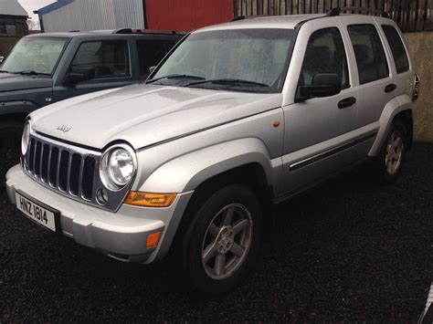 silver jeep 2 jeep cherokee sport 2 8 crd breaking all parts available