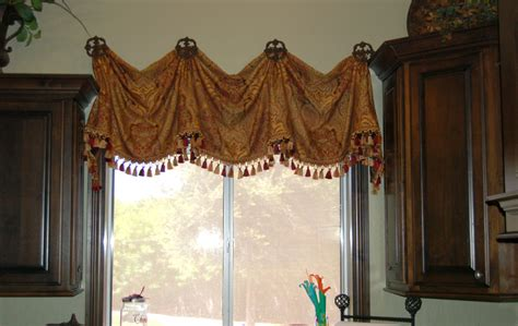 Tuscan Window Treatments Indulge Your Italian Tuscan Kitchen Curtains Valances