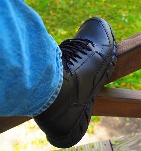 oakley si light assault boots new oakley light assault boot the firearm blogthe