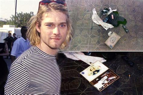 Kurt Got Stabbed by Kurt Cobain S Photos Taken At The Are