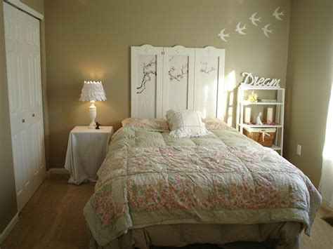 chic small bedroom ideas 30 shabby chic bedroom ideas decor and furniture for