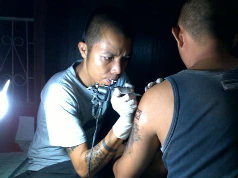 hukum tato bagi muslim jadi trend di kalangan muda bagaimana hukum tato menurut