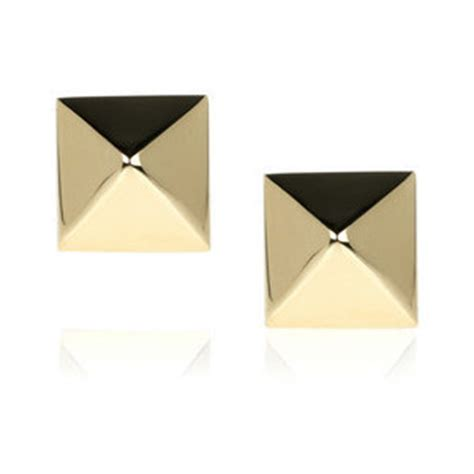ko gold pyramid studs who use a