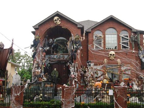 homes decorated amazing halloween horror houses wicked horror