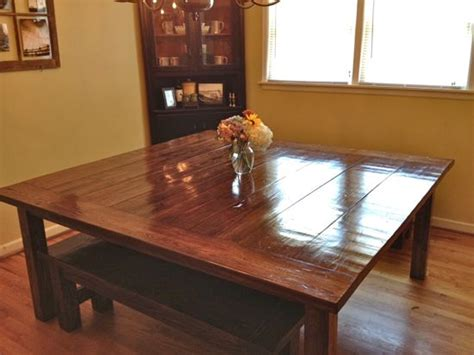 Massive 6?x6? Farmhouse Table Finished « Tommy & Ellie