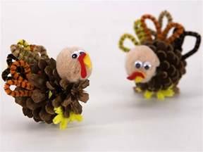 turkey ideas for thanksgiving hugs and keepsakes 18 thanksgiving craft ideas