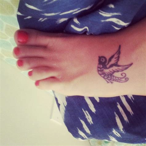 small sparrow tattoo small sparrow tat my own lj