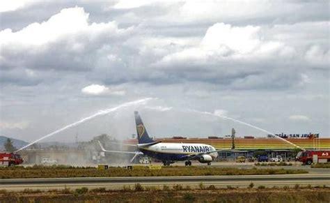 aeropuerto san javier salidas el aeropuerto de san javier inaugur 243 ayer dos nuevas rutas