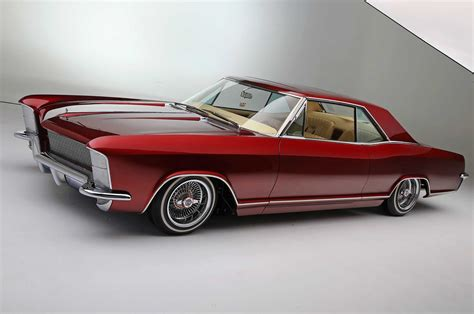 buick riviera top notch customs builds a clean 65 buick riviera