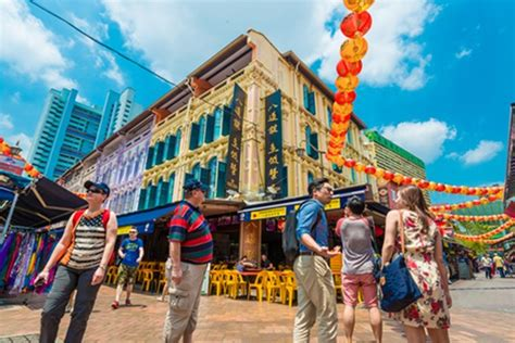 china tourists choose singapore  top regional holiday
