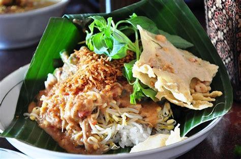 tempat makan  punya nasi pecel enak  jakarta