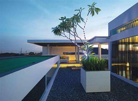 desain rumah atap rooftop prince 18 jenis desain taman atap rooftop garden arsitag com