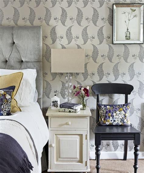 Scintillating Wallpaper Guest Room Pictures   Simple