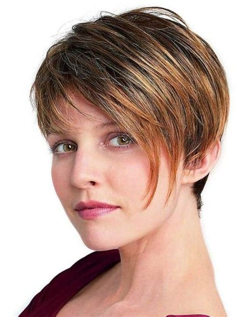 Womens Hairstyles With Layered Low Hairline | thick hair short hairstyles and short hairstyles for